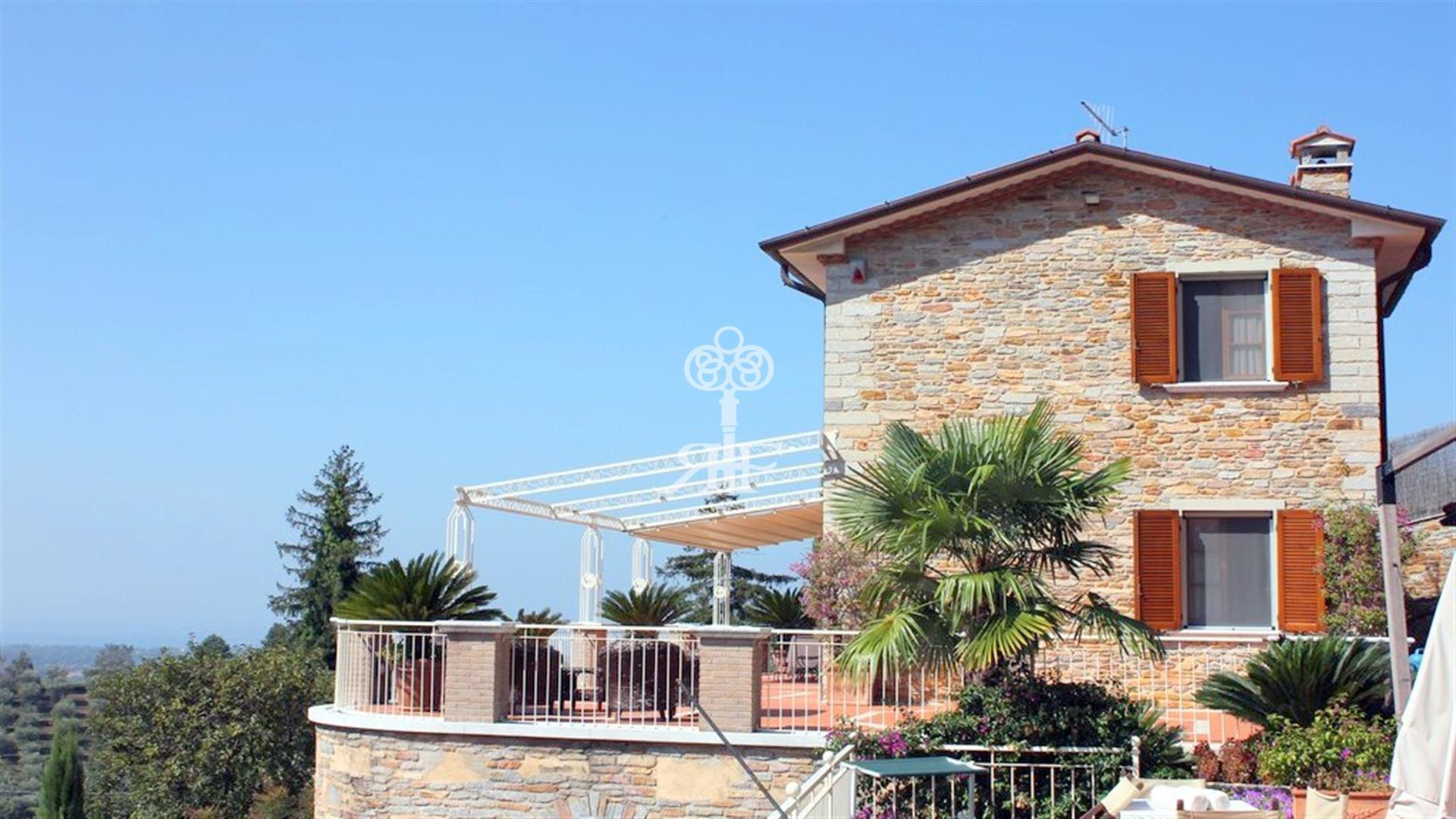 Affitto Villa In Collina P159 Pietrasanta
