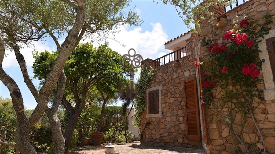 Affitto villa con piscina sn314 sardegna - Villa con piscina sardegna ...